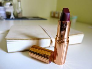BELLES 002 | Glaston-berry, Charlotte Tilbury Matte Lipsticks Review
