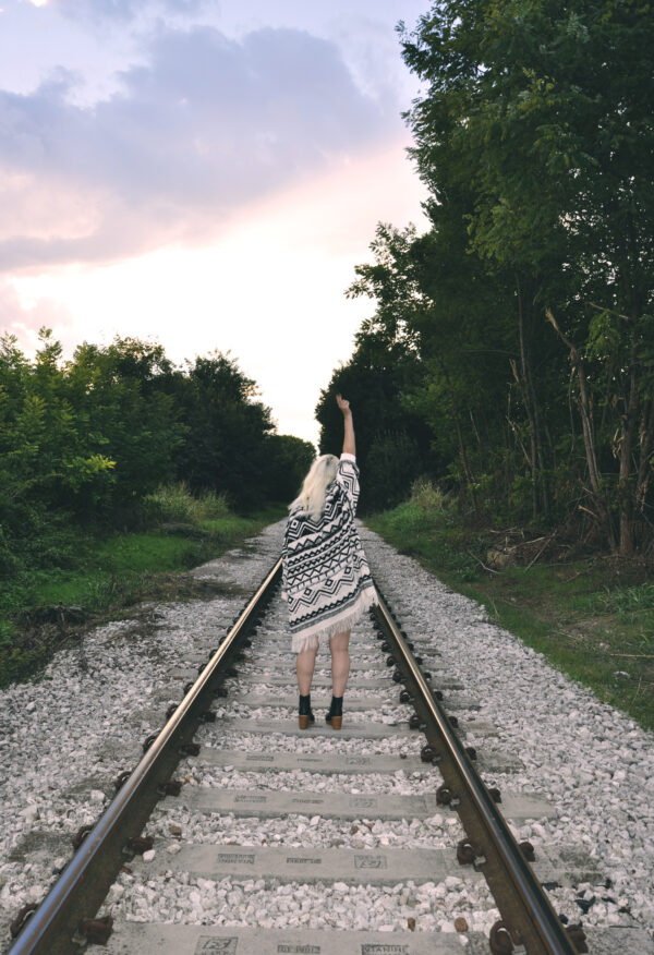 wanderlust blue with pull & bear cape